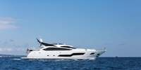 Sunseeker 101 Sport Yacht  - 2014 (sandy)  - MTU 16V 2000 M94 2 X 2640 Hp, 7 950 000 € VAT not paid