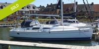 Hunter Legend 33 - 2010  - Yanmar 3YM30 2 X 29 Hp, £ 74 950 TVA Payée