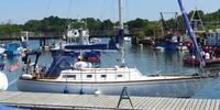 Olympic yacht Carter 33 - 1974  - Beta BD722 2 X 20 Hp, £ 22 500   - Carter 33